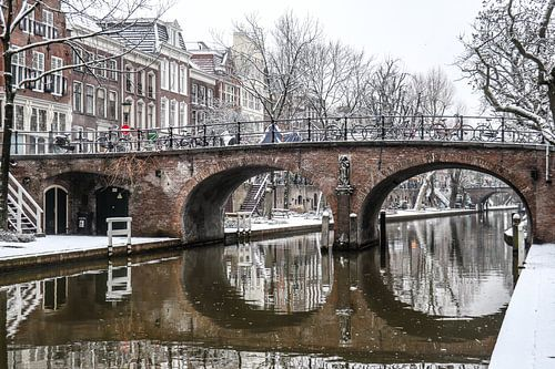 Smeebrug over Oudegracht Utrecht in de winter