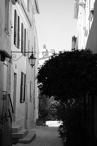 Silence in Saint-Tropez