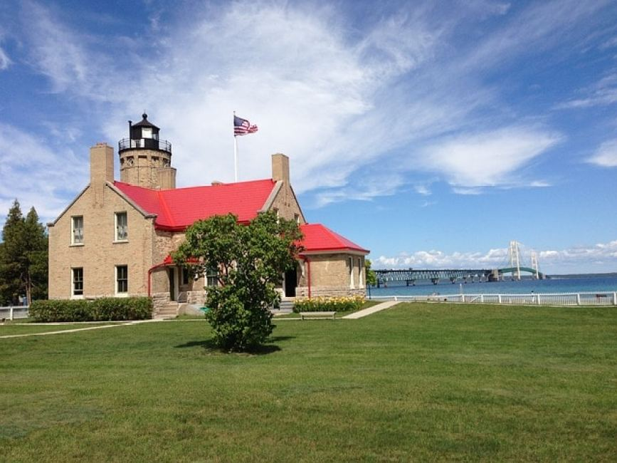 Old Mackinac Lighthouse - View Freighters in Michigan