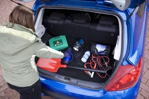 emergency-car-kit