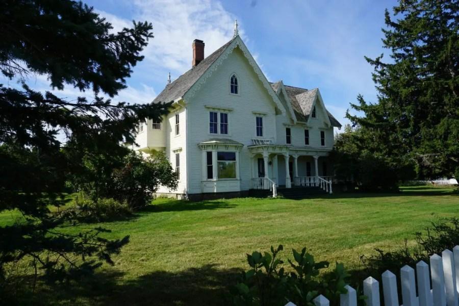 Langdon Hubbard House Side