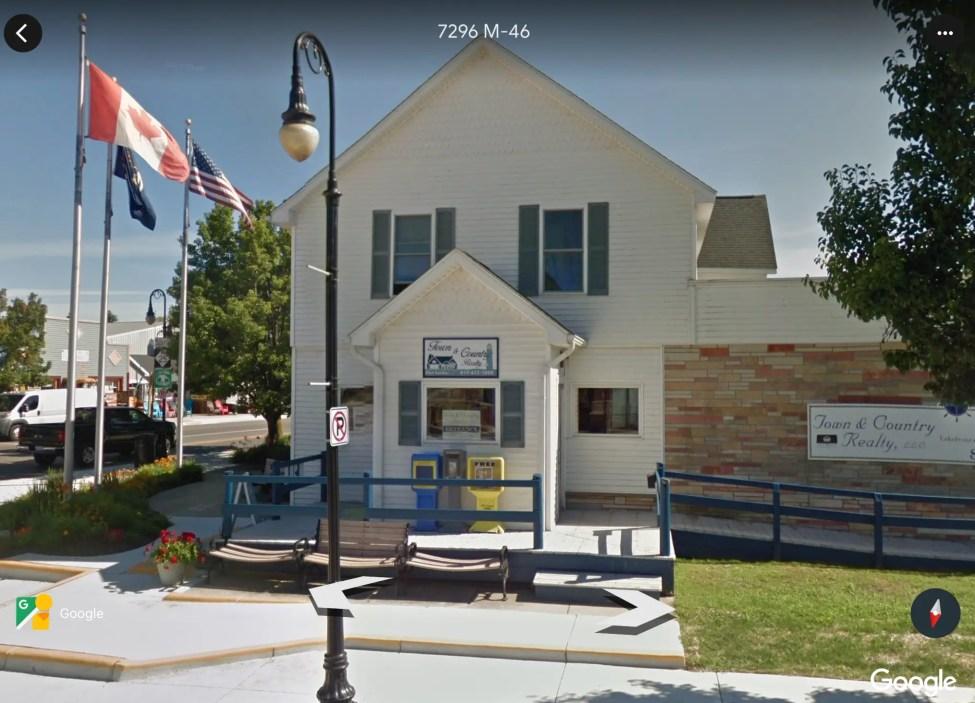 Site of the Former Platts Drugstore - Google Earth