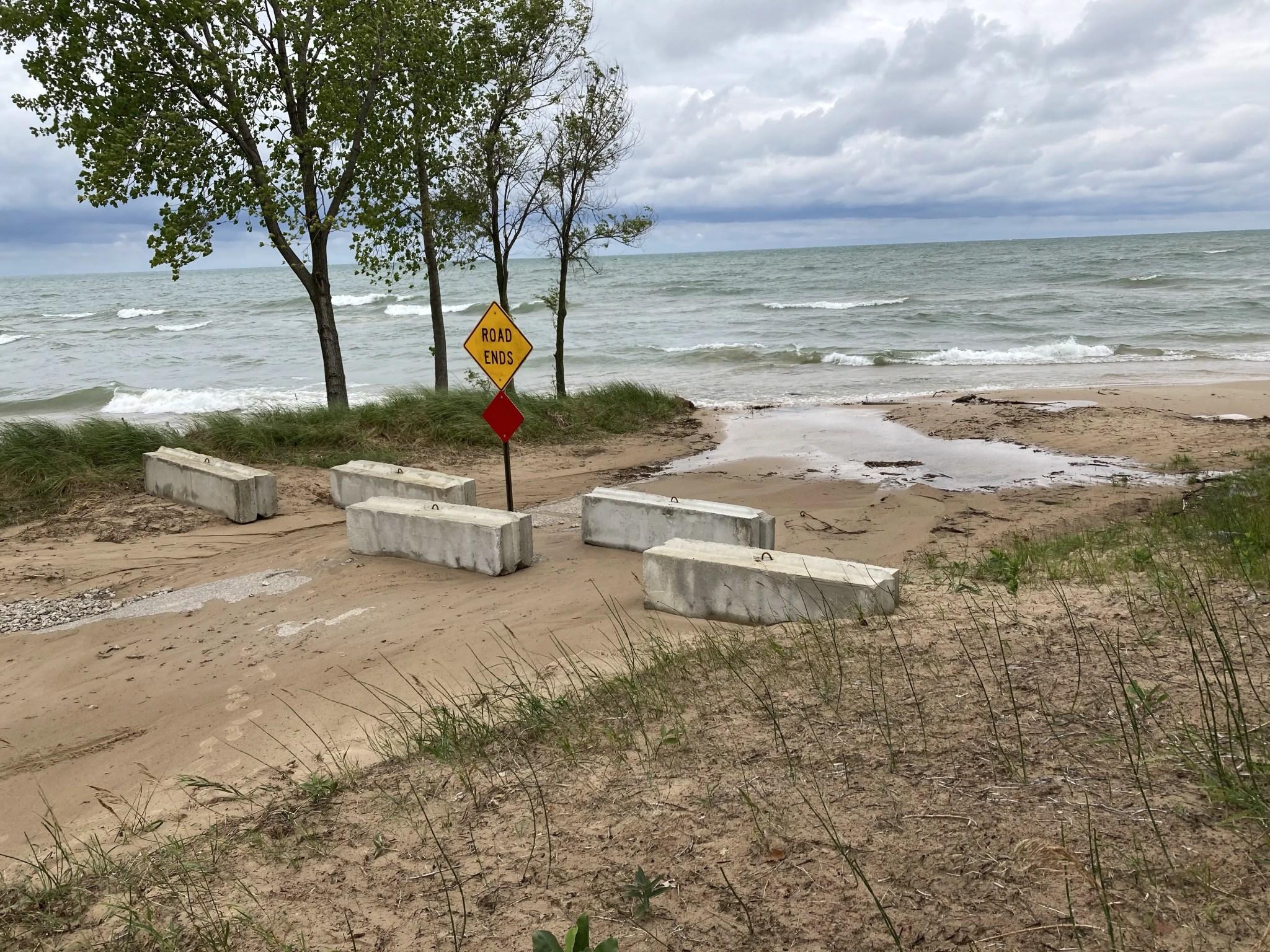 Oak Beach Lake Access Boat Launch Waves
