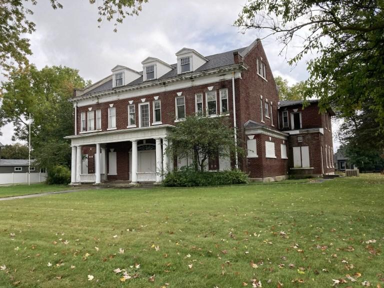 Abandoned Albert E. Sleeper Mansion - Haunted Michigan