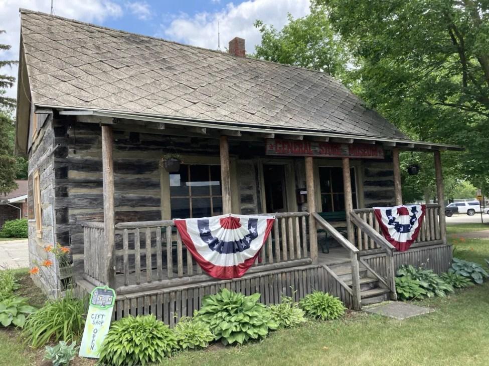 Pioneer Log Cabin Bad Axe