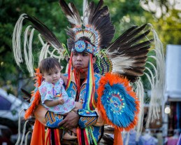 a-dancing-family-at-grand-mid-summer-pow-wow-queens-farm-2016