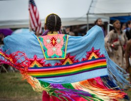 winner-shawl-dance-thunderbird-pow-wow_mm-photo-129-l