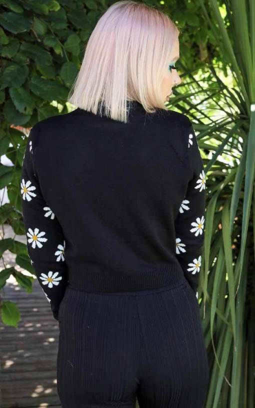 Run & Fly - Cropped Daisy Jumper