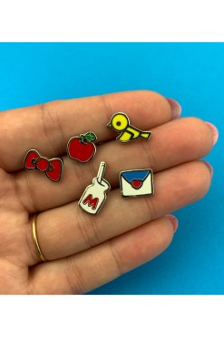 Erstwilder - Mini Hello Kitty Back To School Pin Set