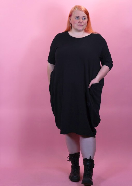 Thunder Egg - Jersey Dress with Pockets in Black