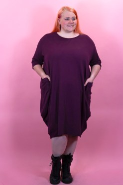 Thunder Egg - Jersey Dress with Pockets in Grape