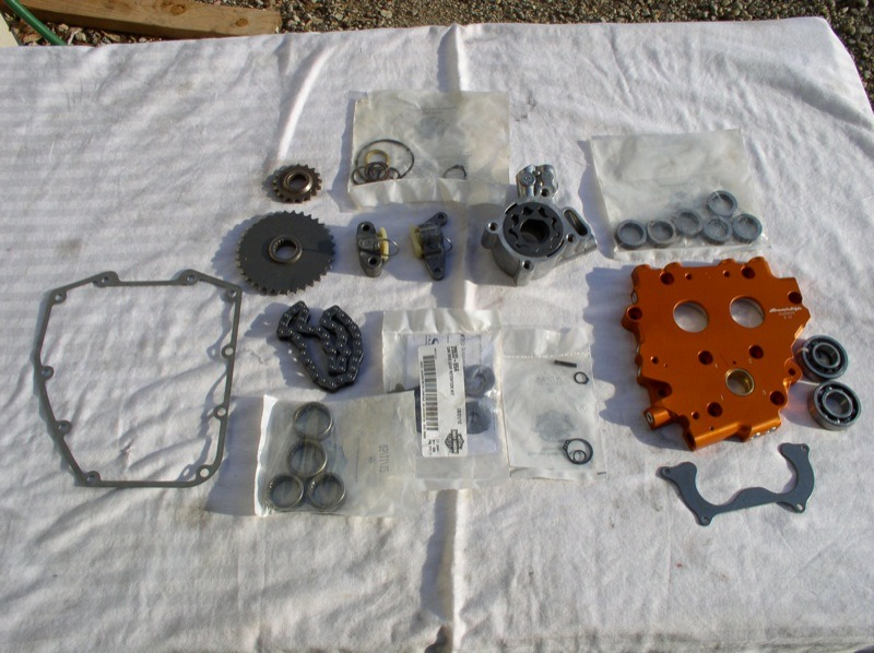 Screamin' Eagle Hybrid Cam Plate and High Volume Oil Pump