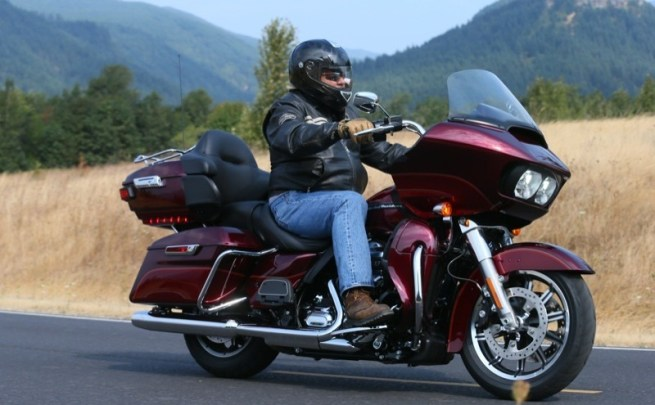 """A high mileage rider's dream, the new 2016 Road Glide Ultra rates high on the list of """"The most enjoyable Harleys on the planet"""""""