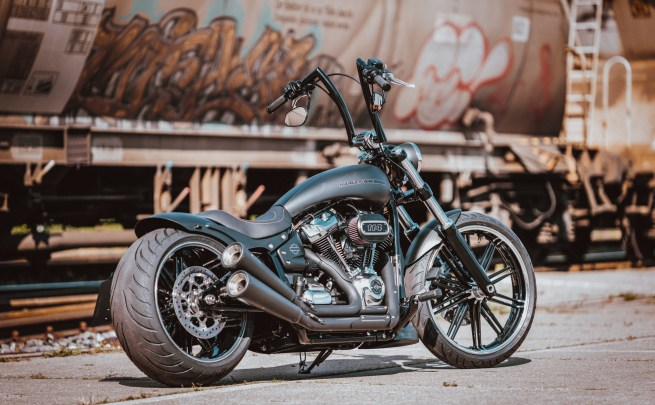 Kodlin transforms Harley's Breakout with bolt-on mods.