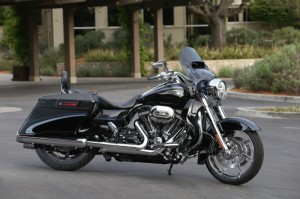 The new CVO Road King gets fitted with fairing lowers, extended saddlebags, a trick new adjustable-vent windscreen and a basic sound system