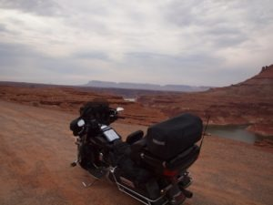A quick pitstop approaching the Colorado River and Lake Mead