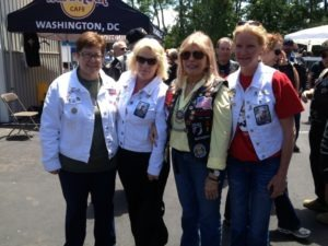 Nancy Sinatra (center, right) with members of the Gold Star Mothers at the H-D of Washington, D.C. barbecue