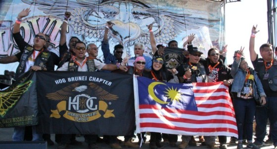 Members from Brunei H.O.G. respond to the enthusiastic welcome from the home team