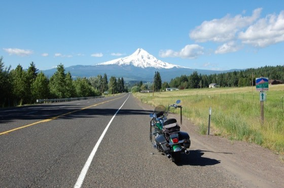 Oregon's Highway 205 with Mount Hood off in the distance
