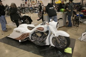 Don Robb from AR Baggers nabbed 2nd place in Super-Class Competition with his Road King
