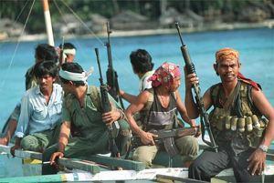 somali_pirates_in_ship.5530053_std