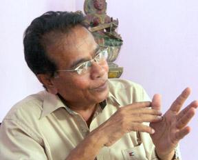Dharmasiri Bandaranayaka.- DN