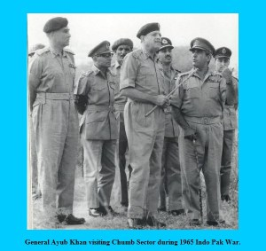 1965-Indo-Pak-War-Photos-General-Ayub-Khan-visiting-Chumb-Sector-Pictures-Images-of-1965-War-with-India