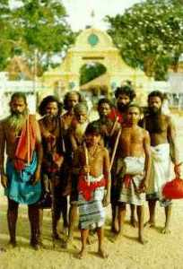 veddakat-dambana Vedda delegation at Kataragama Maha Devale
