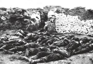 2=corpses =Dead German bodies after the battle between Arras and Lille in the spring of 1915
