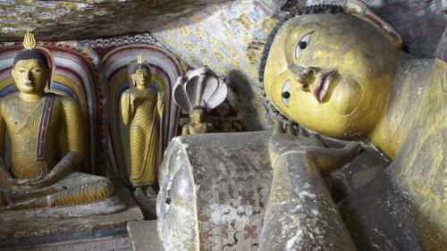 dambulla statues