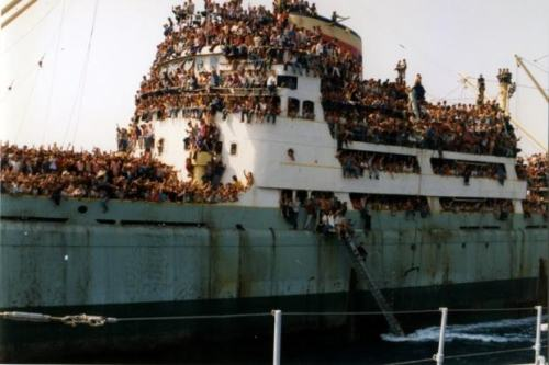 tramp steamer refugees 00