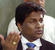 A-DLI 060648 - JUNE 6, 2003 - COLOMBO : Thilanga Sumathipala, newly elected president of the Board of control for cricket in Sri Lanka speaks to media in Colombo, Sri Lanka Friday, June 6, 2003. Sumathipala, controversial former Sri Lankan cricket board chief, was elected to the sport's top seat again Friday, defeating former national team captain and another candidate. AP/PTI