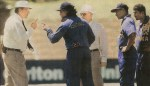 26-ranatunga-and-emerson-in-confrontation