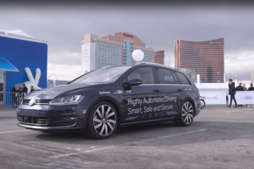 Microsoft and NXP Self-driving car @ CES2017