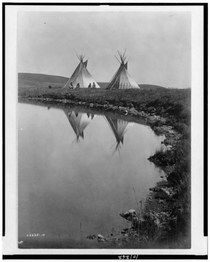 At the Water's Edge – Piegan. Edward Curtis. Library of Congress.