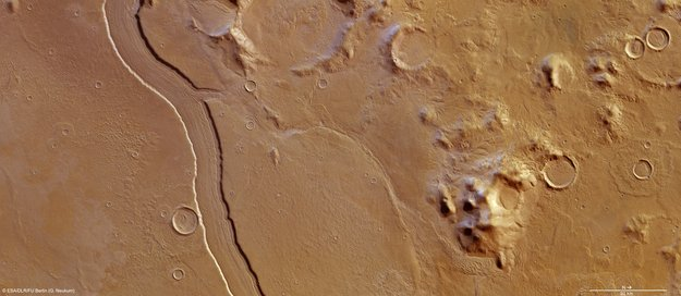 Mars - dried up river, Reull Vallis