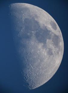 Half Moon - taken by Phil Plait - Originally at https://twitter.com/BadAstronomer/status/485607816552382464