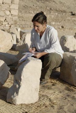Elena Mora Conservadora restauradora en Patrimonio Arqueológico
