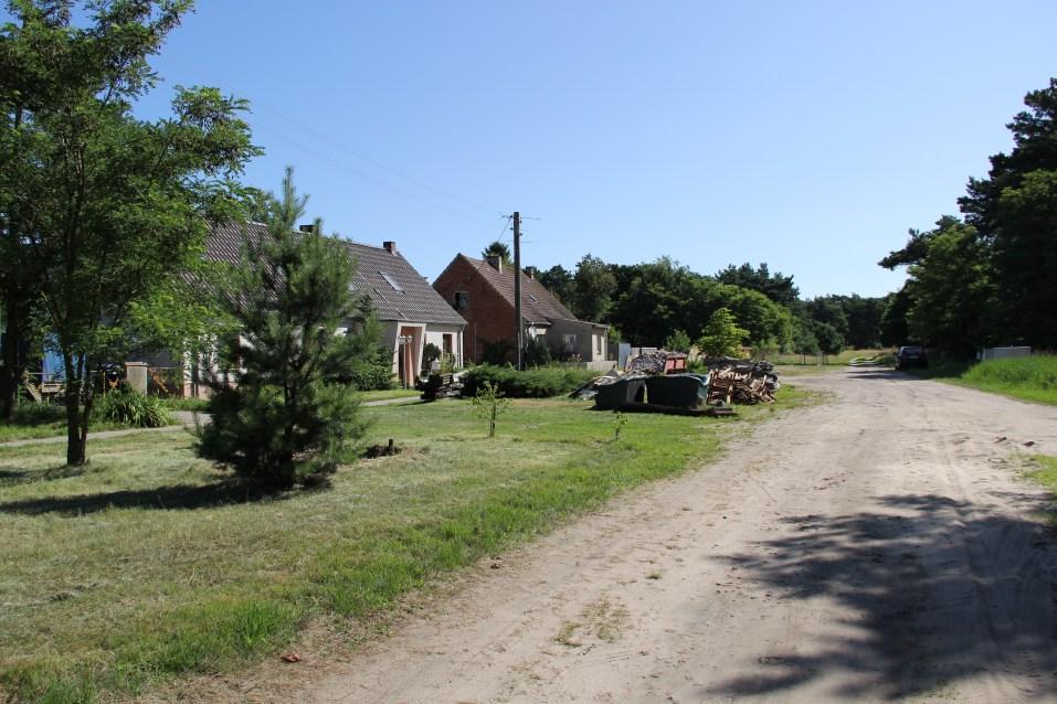 Betroffenes Wohngebiet in Klietz bei Aufräumarbeiten