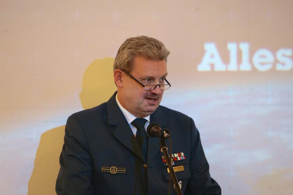 Der Leiter des THW-Informationszentrum, Dr. Gernot Wittling, gab Einblicke in die Geschichte des THW. Foto: THW/Jan Holste