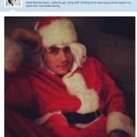 Apaixonada? Katy Perry publica foto de John Mayer vestido de Papai Noel sexy no Twitter