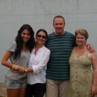 Fotos: Mel Fronckowiak curtindo com a familia
