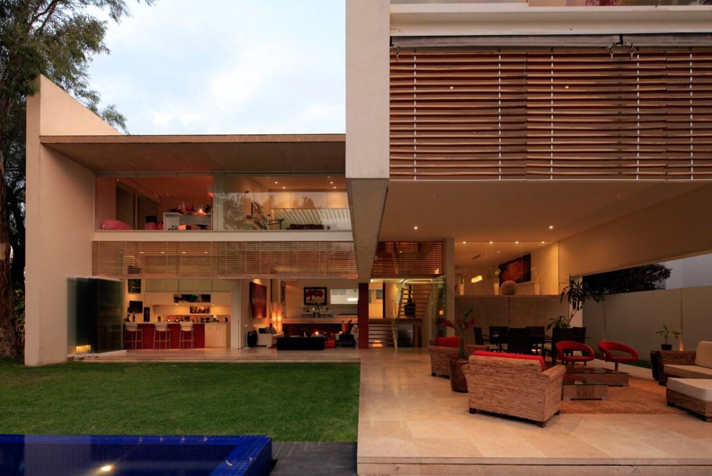 Fachada transparente, relacionando o interior com o exterior
