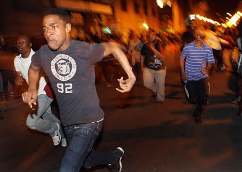 youth mobs, milwaukee, black youth, black teenagers