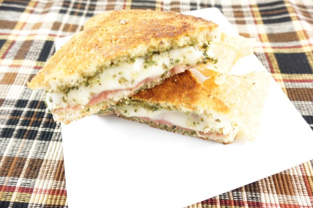 prosciutto grilled cheese sandwich