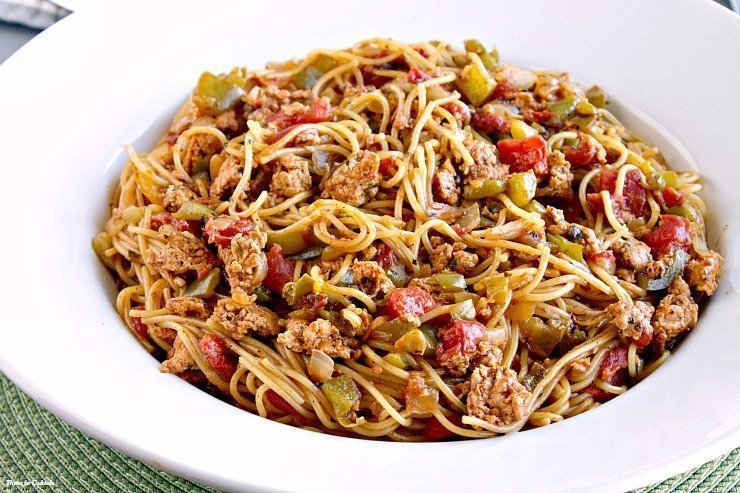 One Pot Caliente Chicken Spaghetti