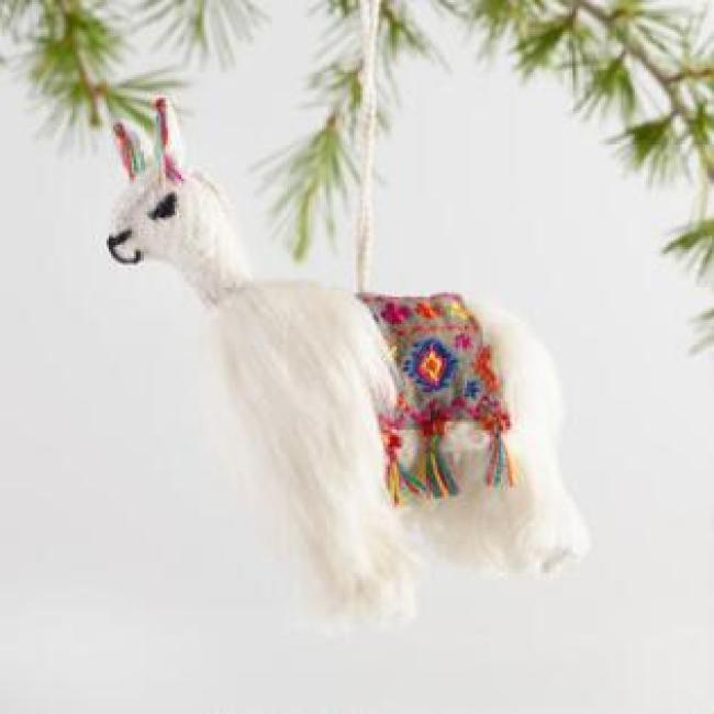 The Golden Llama Treasure Hunt holiday program at your local Cost Plus World Market is so much fun you won't be able to stay out of the store until you win!