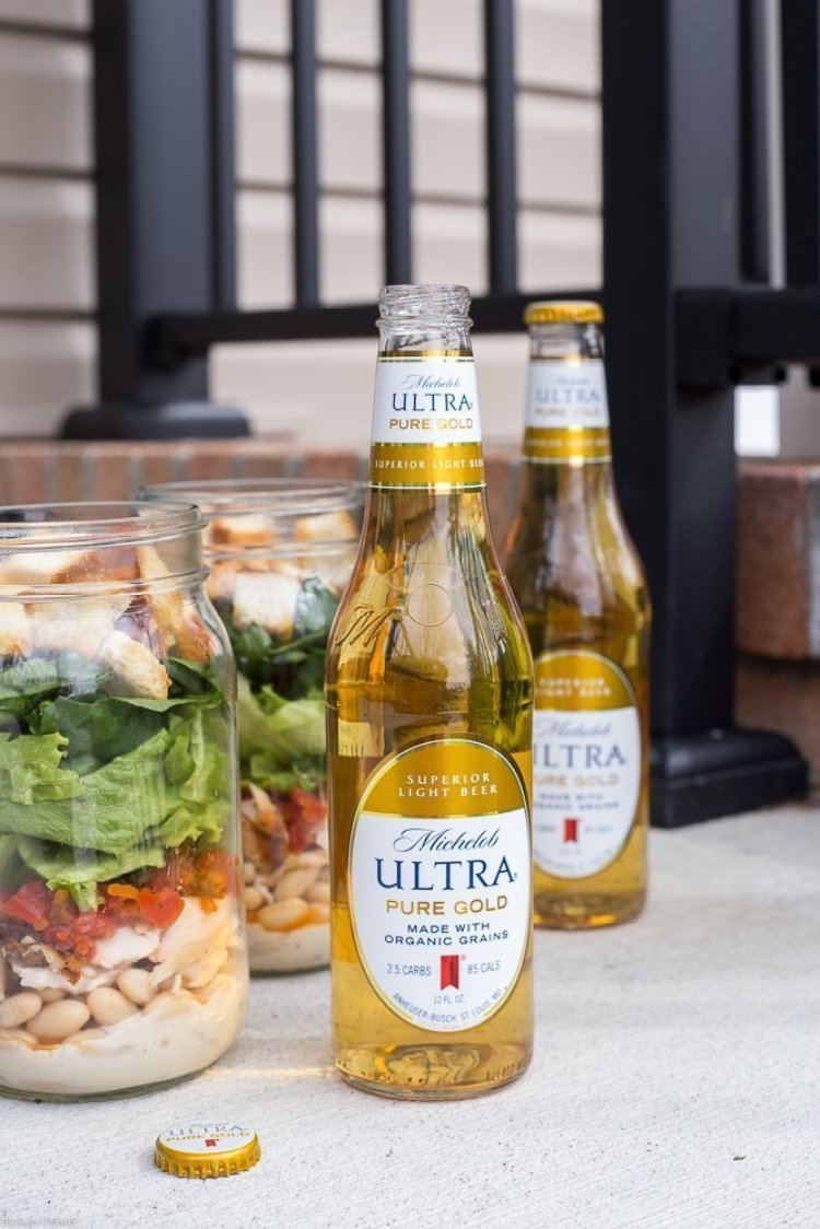 Bruschetta Chicken Mason Jar Salads - Michelob ULTRA Pure Gold