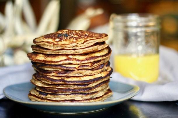 gluten free banana blueberry pancakes