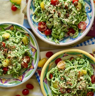 Raw Vegan Avocado Pesto with Zucchini Noodles